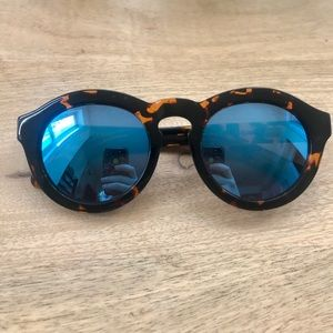 DIFF Eyewear- Dime Sunglasses
